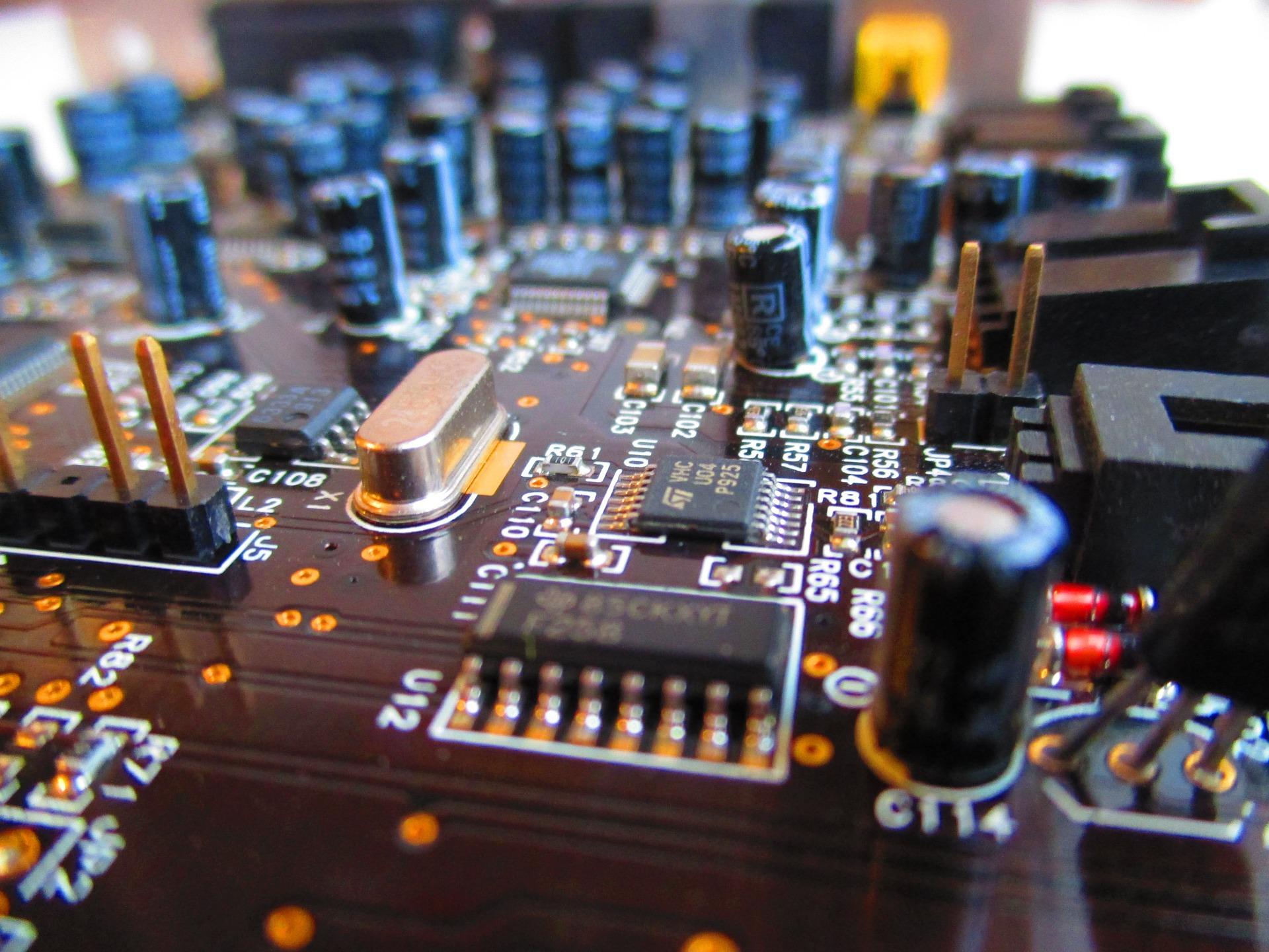 montagem de eletroeletrônicos
